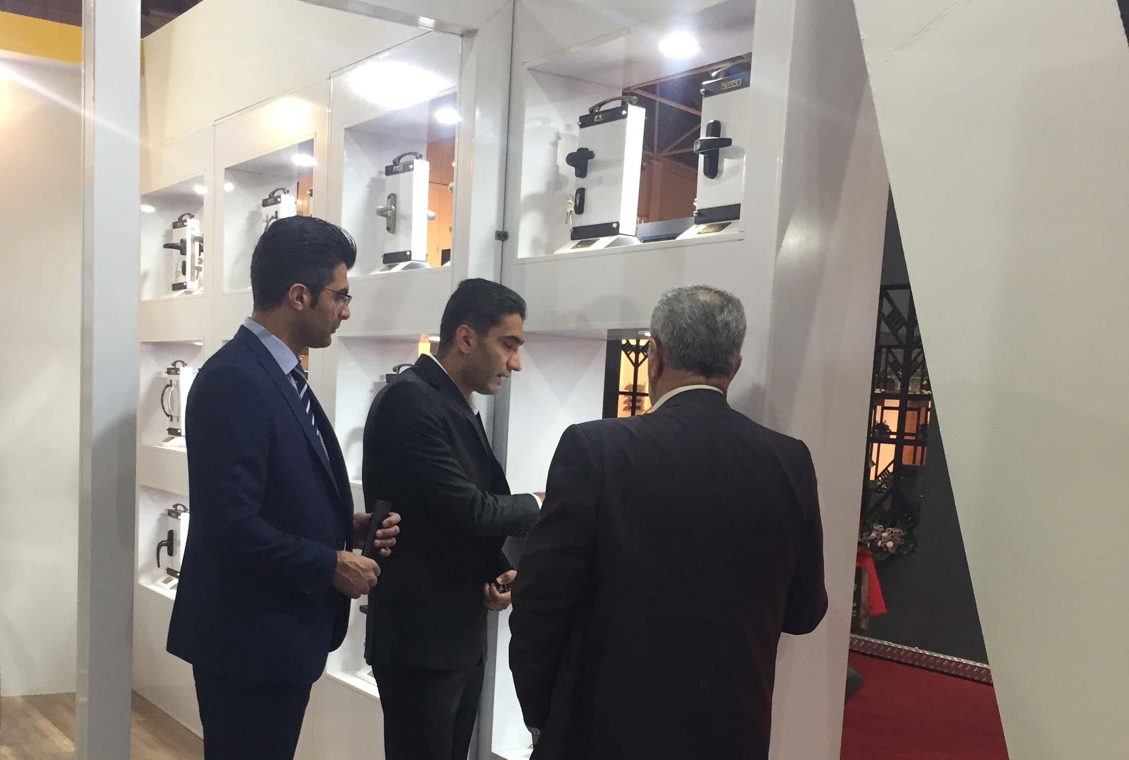 نمایشگاه شیراز 98-23
